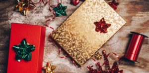 The Ultimate Gift Guide for Fashion Lovers