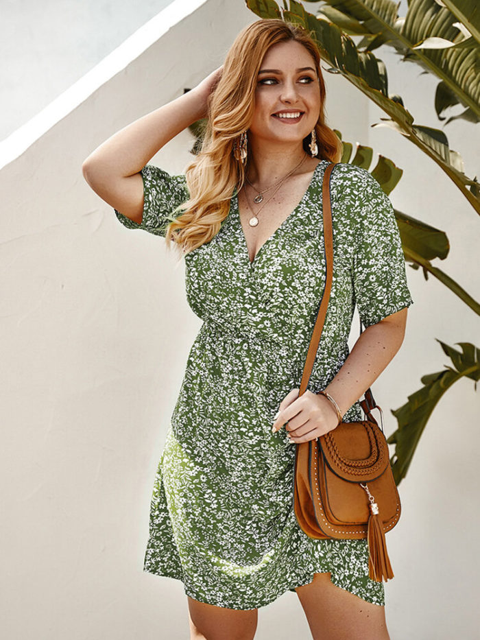 Floral Print V-neck Short Sleeve Plus Size Sexy Dress