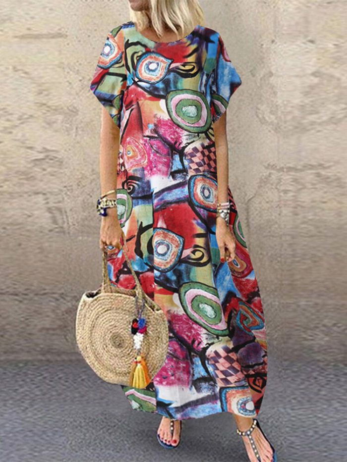 Graffiti Printed Short Sleeve Plus Size Baggy Dress