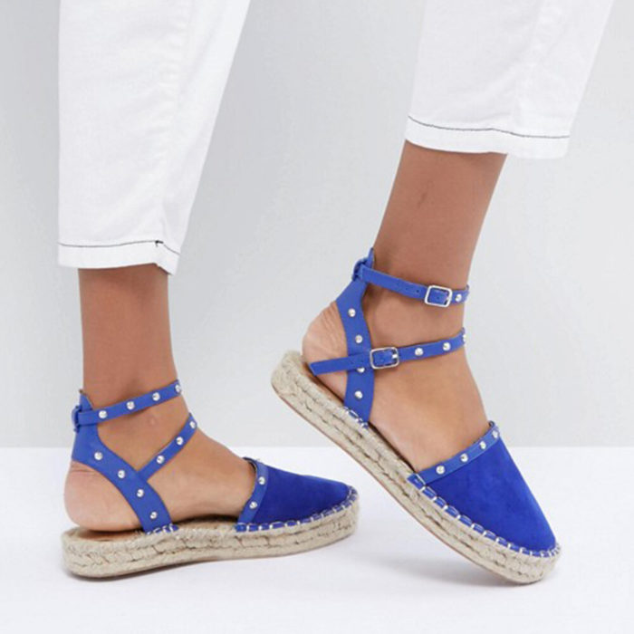 Large Size Women Comfy Rivet Buckle Footwear Closed Toe Platform Sandals