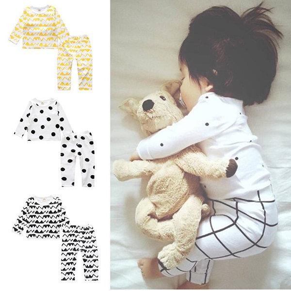 Printed Unisex Kids Soft Cotton Pajamas Set Sleepwear For 0-36 Months