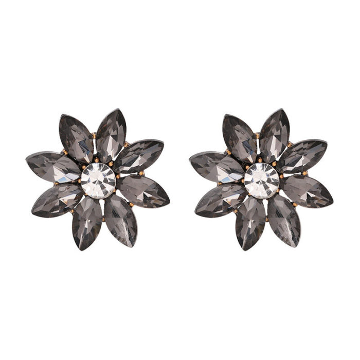 Sweet Women's Colorful Flower Rhinestones Stud Crystal Piercing Earrings Gift