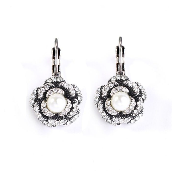 Trendy Artificial Pearl Flower Color Gold Silver Earrings Wholesale Gift for Women