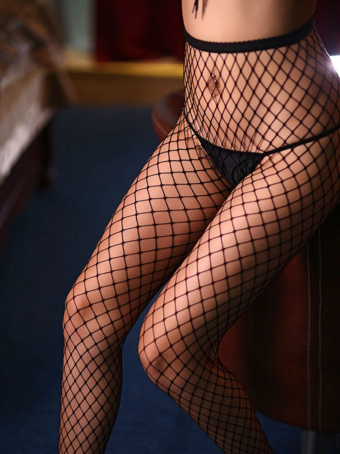 Women Fishnet Open Crotch Thin Skinny Fit Stockings Sexy Lingerie