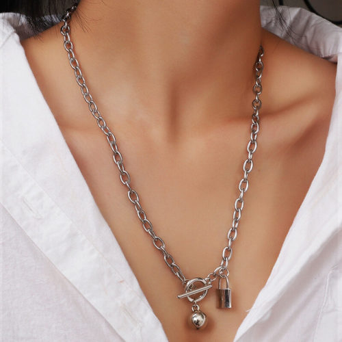 Punk Metal Lock Pendant Necklace Opening Adjustable Chain Necklace