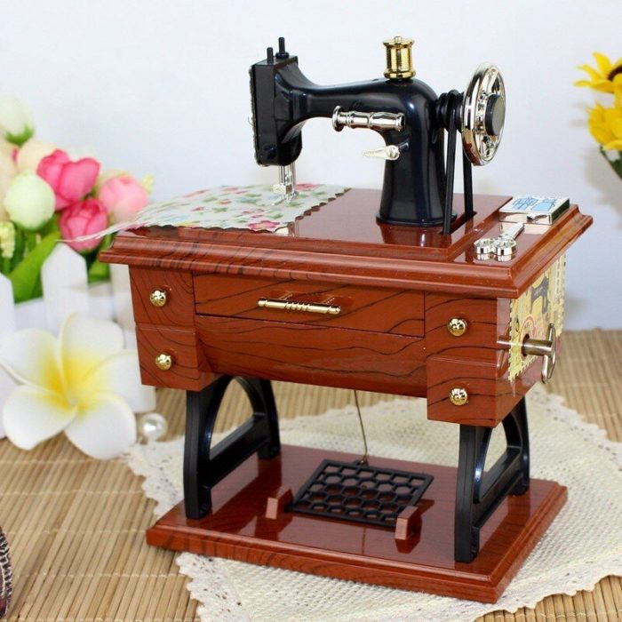 Treadle Sewing Machine Music Box Sartorius Toy Music Boxes Gift Musical Toys Fashion Accessories